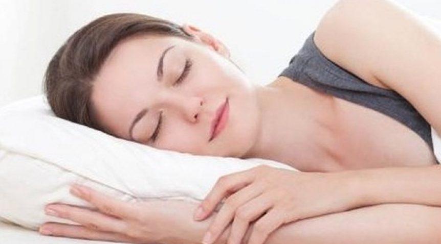 Tư vấn tư thế ngủ tốt cho người đau vai gáy